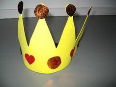 Koninginnedag knutselen » Juf Sanne  Hier staat ook een mooie kroon met gevouwen vliegers....