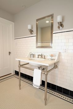 Wilmette Vintage Bath - traditional - Bathroom - Chicago - JK Design LOVE the tile work! 1920s Bathroom, Art Deco Bathroom, Vintage Bathrooms, Bathroom Floor Tiles, Bathroom Interior, Modern Bathroom, Small Bathroom, Wall Tiles, Bathroom Black