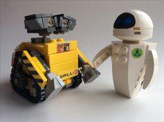 LEGO Ideas - Product Ideas - Wall-E & Eve Hello everybody. Lego Wall-e, Legos, Lego Robot, Lego Toys, Lego Disney, Wall E Eve, Lego Design, Lego Poster, Pokemon Lego