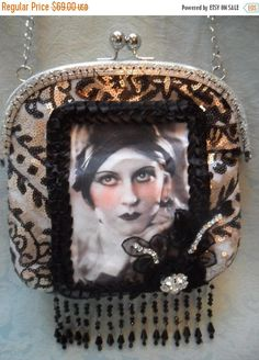 25% OFF Love my customers PURSE  Flapper Style by pinkpurse