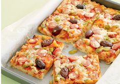 Here's a recipe that will get you thinking outside the lunch box. Our Muffin Pizza Slice recipe combines muffins and pizza for a tasty lunch you won't want to miss.