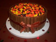 reeses /kitkat Thanksgiving cake