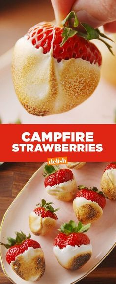 Campfire Strawberries might make you ditch s'mores forever. Get the recipe at De… - - Campfire Strawberries might make you Just Desserts, Delicious Desserts, Dessert Recipes, Yummy Food, Healthy Food, Healthy Meals, Sukkot Recipes, Dessert Dishes, Grill Dessert