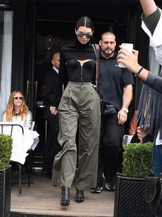 October 02, 2016 - Leaving L'Avenue restaurant in... Kendall Nicole Jenner Fashion Style