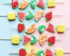 No need to wait for Christmas to bake decorative cookies! Use your favorite royal icing and this recipe for fruit kebab cookies to make a yummy dessert. Bring them to a birthday party or a BBQ this summer!