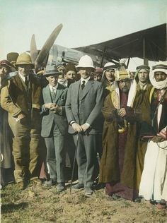 On the Aerodrome at Amman. Laurence [T. Lawrence, a. Lawrence of… Amman, Gertrude Bell, Pith Helmet, Empire Ottoman, Lawrence Of Arabia, Tribal Warrior, Band Of Brothers, Hunter Original, Stylish Hats