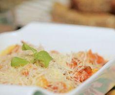 Nhoque de batata-baroa com molho de tomate caseiro