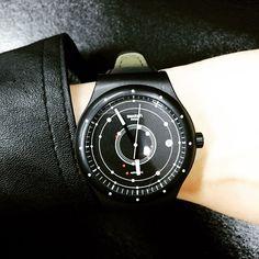 Swatch SISTEM BLACK ©matildakang