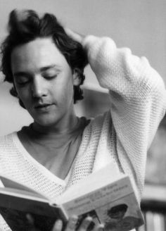 The young Andrew McCarthy: his characters = ideal boyfriend. St. Elmos fire and pretty in pink