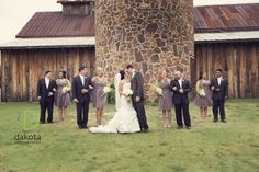 Frisco Heritage Center, wedding, vintage inspired wedding, bride and groom pictures, wedding party, wedding party picture