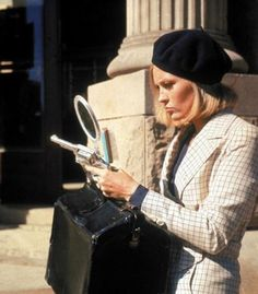 """Faye Dunaway on the set of """"Bonnie & Clyde"""" (1967)"""