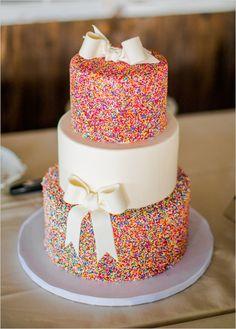 sprinkle wedding cake @weddingchicks
