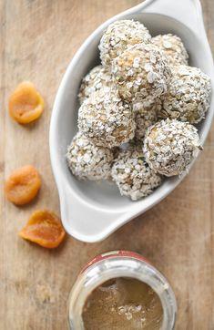 Dried Apricots and Tahini Energy Balls @Dani I FoodrecipesHQ