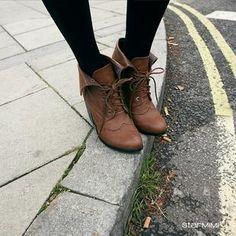 Oxford boots + tights #tightsandboots