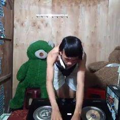 DJ sexy Gợi Đòn Nhất Hành Tinh :))  Link xem nhanh: http://ngamvnn.com/photo/77434 Xem nhiều ảnh girl xinh tại: http://ngamvnn.com/anh-girl Xem nhiều clip hay, hot tại: http://ngamvnn.com/clip