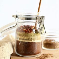 Make your own Homemade Taco Seasoning with just 9 ingredients you likely already have in your spice cupboard, and you'll be on your way to the most flavorful meat or veggie tacos in no time. Pot Roast Seasoning, Easy Taco Seasoning Recipe, Homemade Chili Seasoning, Homemade Spices, Homemade Taco Seasoning, Homemade Tortilla Chips, Homemade Tortillas, Homemade Tacos, Spicy Spice