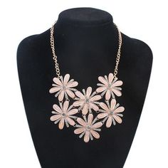 New Trendy Summer Jewelry Luxury Gold Filled Rhinestone Statement Necklace Fashion Big Acrylic Flower Necklaces for Women 2015