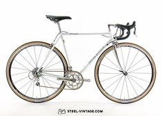 1 Mio. Miles Warranty! Columbus SL Steel. Campagnolo Veloce 10S. Different colors and sizes available!