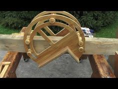 Cutting cabin notches - YouTube