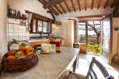 Apartment in Città della Pieve, Italy. Our farmhouse is glad to give you hospitality in the Leccio apartment, it is indipendent and there's space for a couple and a third person.  You will discover our organic food production and our natural lifestyle.  An organic, family-run agrituris...