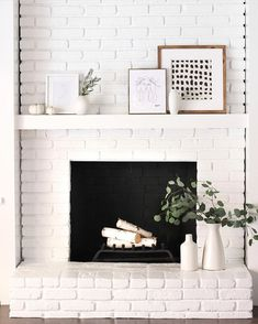 Most recent Screen white Fireplace Decor Tips Fireplace decorating is why is the fireplace one of many home's most important showcases. White Mantle, White Fireplace, Fireplace Design, Fireplace Mantel, Fireplace Ideas, White Brick Fireplaces, Scandinavian Fireplace, Minimalist Fireplace, Wooden Mantle