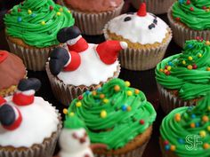 Crash Santa  Christmas Cupcakes