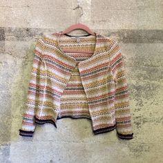 Zara tweed blazer Zara light weight tweed blazer. Size XS in good condition Zara Jackets & Coats
