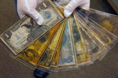 Currency taken from the Titanic sinking discovery