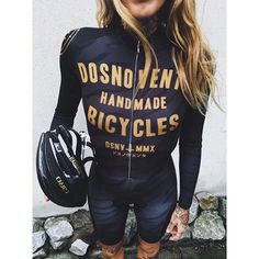 Let's face it: women's biking apparel can be pretty dorky. This look is hot.