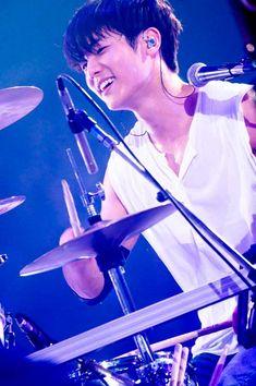 【ライブレポ】CNBLUE アリーナツアー|邦楽・K-POP|ローチケHMVニュースではコンサート、スポーツ、ホビー等、エンタメニュース・レポートを独自の目線でお届けします。