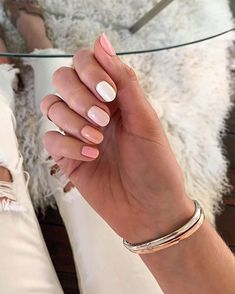 Sydne Style shows spring 2020 nail trends with ombre nails by angel food style Sydne Style Summer Acrylic Nails, Cute Acrylic Nails, Cute Nails, Pretty Nails, Pastel Nails, Cute Short Nails, Colorful Nails, Colorful Nail Designs, Spring Nail Trends