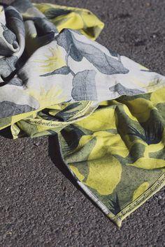 Lovaloom Eden Rosemary Lemonade Wrap (linen)