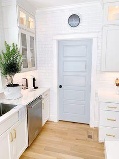 Home Renovation, Home Remodeling, Kitchen Remodeling, Küchen Design, House Design, Home Interior, Interior Design, Interior Doors, Blue White Kitchens