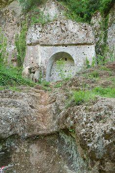 Tomba della Sirena, Sovana (GR) #TuscanyAgriturismoGiratola
