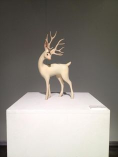 Deer By Yoshimasa Tsuchiya Toy Art, Polymer Clay Animals, Ceramic Animals, Paperclay, Wooden Art, Ceramic Design, Reno, Animal Sculptures, Wood Sculpture