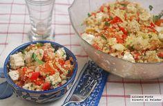 Receta de ensalada mediterránea de quinoa con pollo. Con fotografías paso a paso, consejos y sugerencias de degustación. Recetas de ensaladas, v...