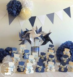 These windmills were made for the decoration of a baptism, in classy colors and classic navy blue and white. These mills can decorate all your family events like a wedding, a baby shower, but also a birthday. Decoration Communion, Baptism Decorations, Baby Baptism, Christening, Decoration Buffet, Navy Blue, Blue And White, Family Events, Pinwheels