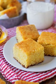 The Best Buttermilk Cornbread