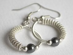 Brilliant example of using gizmo twisted wires to make hooped earrings
