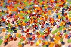 http://www.beadshop.com.br/?utm_source=pinterest&utm_medium=pint&partner=pin13 Confira as opções de cores e acabamentos para os VIDRILHOS PRECIOSA!