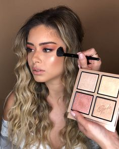 Get all glammed up as makeup artist Adi Katzanelson demonstrates in this stunning how-to video. # highlighter makeup videos Get The Look Makeup Eye Looks, Cute Makeup, Gorgeous Makeup, Pretty Makeup, Eye Makeup Steps, Purple Makeup, Full Face Makeup, Blush Makeup, Glam Makeup