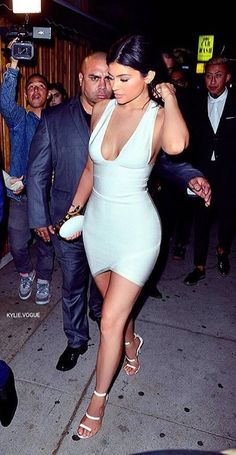 Kylie Jenner Kylie Jenner, Short Dresses, Bodycon Dress, Outfits, Fashion, Short Gowns, Moda, Body Con, Suits