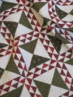 I'll have to look up the name of this quilt.  But it's good looking no matter what it's called.