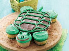 cupcake Cake Made Out of Cupcakes | Cupcake Cakes