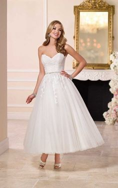 A blast from the past, this short wedding dress from Stella York features a fitted lace bodice, figure-flattering Diamante waist belt, and a whimsical tulle ankle-length skirt. A Line Wedding Dress Sweetheart, Lace Wedding Dress, Tea Length Wedding Dress, Tea Length Dresses, Ball Dresses, Popular Wedding Dresses, 2016 Wedding Dresses, Bridal Dresses, 2017 Wedding