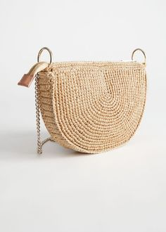 Woven straw crossbody bag in a half moon silhouette with a gold-toned chain strap.Zipper closureDimensions of bag: x x x x drop: / Fendi, Summer Holiday Outfits, Moon Silhouette, Clear Tote Bags, Jacquemus, Snake Design, Textiles, Business Outfits, Holiday Fashion