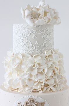 Wedding ● Cake ● Wow