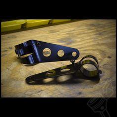 Lightweight Black Headlight Brackets - (Fits: 35-38mm Forks)