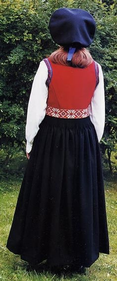 Hello all, Today I will cover the last province of Norway, Hordaland. This is one of the great centers of Norwegian folk costume, hav. Folk Costume, Costumes, Norway Viking, Card Weaving, Traditional Outfits, Tulle, Culture, Vikings, Scandinavian