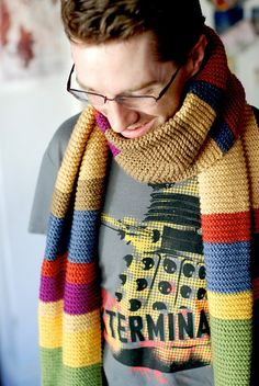 dr who crochet scarf pattern | dr who scarf. free pattern on ravelry.com | Knit/Crochet- here is the actual ravelry link: http://www.ravelry.com/projects/vintagenettles/doctor-who-scarf---season-12